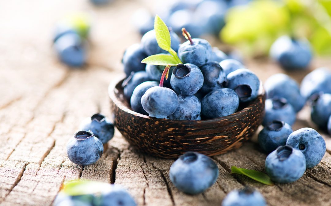 5 Snacks That Fuel Your Body (Rather Than Leave You Sleepy!)