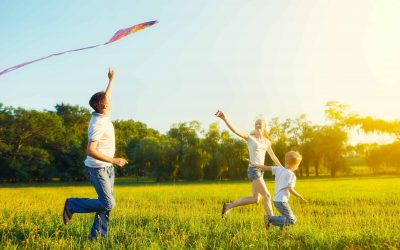 6 Ways to Exercise Outdoors With Your Kids